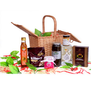 Gourmet Gift Boxes & Hampers,Gourmet Company (GC),23. The Gourmet Cooking Hamper