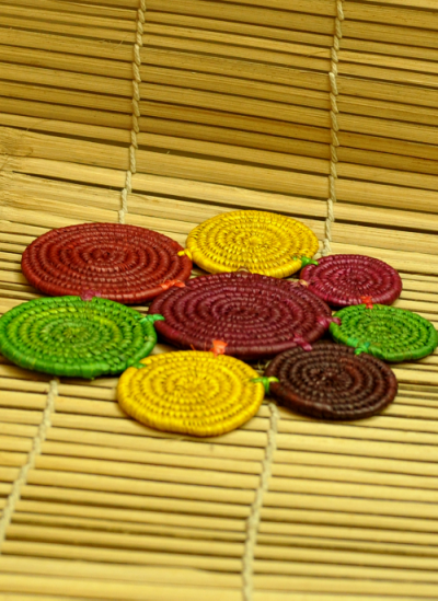 Bhadohi woven baskets, Home utility, Indiacraft, Indiacraft, Bhadohi Basket Craft: Grass woven into Unique and colourful Table Mats/Trivets (BOP20) (10