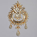 Diamond Lockets,Mangatrai,3.29 - 1.73ct. Diamond Locket in 18kt. Gold