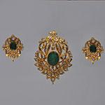 Polki Locket Sets,Mangatrai,3.8ct. Polki Locket Set in 22kt. Gold