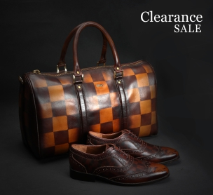 Clearance Sale at Voganow